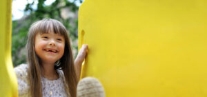 DSDT-girl-with-yellow-slide